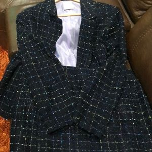 Two piece stunning business suit.